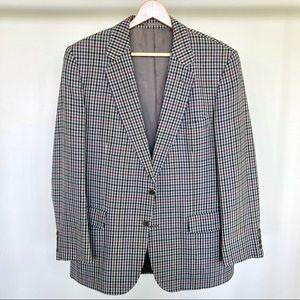 Aquascutum 100% wool plaid blazer made in England. 🖤